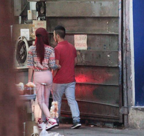 Hương Giang Idol và bạn trai đi mua sắm - 9