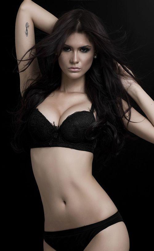 Người mẫu Brazil chết thảm ở tuổi 22 - 2