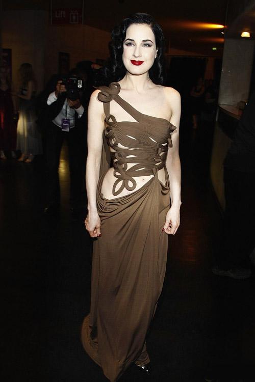 4 ẩn số thời trang của Dita Von Teese - 13