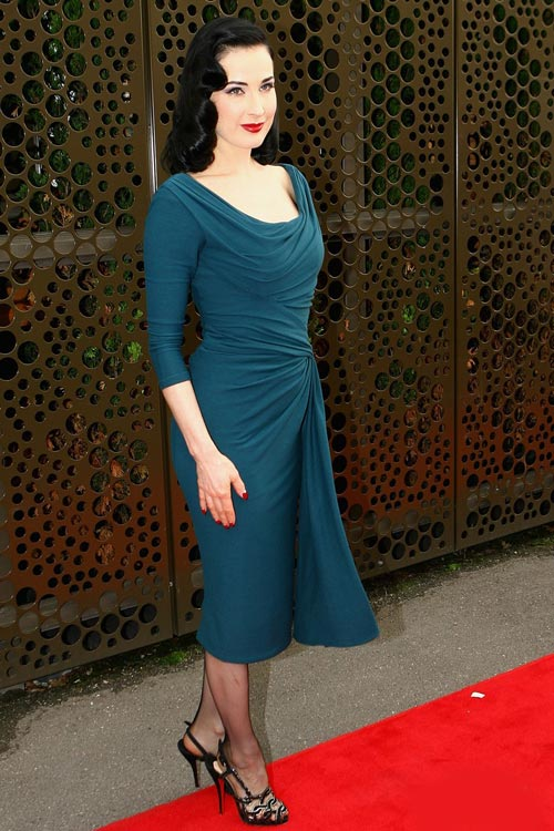 4 ẩn số thời trang của Dita Von Teese - 15