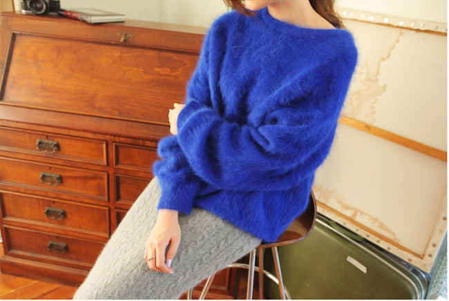 1001 cách kết hợp áo len Tết này - 4