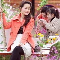 """Vườn đào Nhật Tân """"hút"""" bạn trẻ Hà thành"""