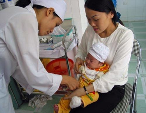 Tiêm vắc-xin phòng cúm và những điều cần lưu ý - 1