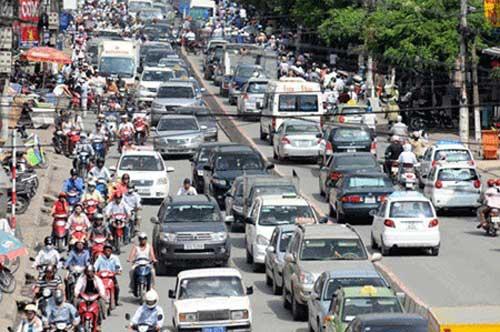 Nhiều tuyến phố Hà Nội sẽ cấm xe dịp Tết - 1