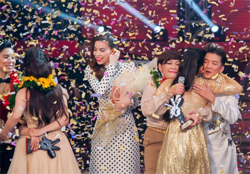 Hương Tràm đăng quang quán quân The Voice - 9