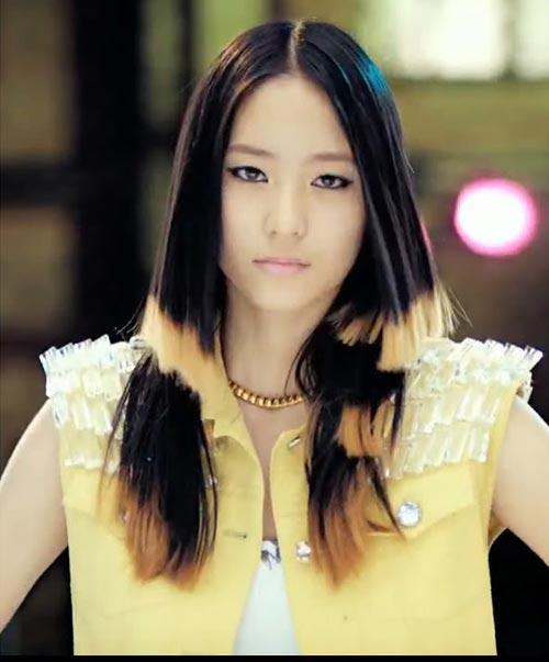 13 idol Hàn có mái tóc nhuộm cực chất - 1
