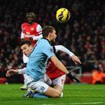 Bóng đá - Arsenal - Man City: Chiếc thẻ đỏ oan nghiệt