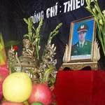 Tin tức trong ngày - Thiếu úy CA hi sinh khi đuổi xe chở gà lậu
