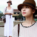 Ngôi sao điện ảnh - Ngô Thanh Vân mong manh giữa phố cổ