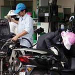 Thị trường - Tiêu dùng - Đề nghị Bộ Tài chính thận trọng về thuế xăng dầu