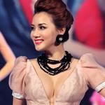 """Thời trang - Mẫu Việt """"bức tử"""" vòng 1 diễn catwalk"""