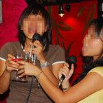 Tin tức trong ngày - Khó xử phạt uống rượu tại quán karaoke