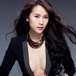 Thời trang - Thái Hà sexy khó cưỡng với áo vest