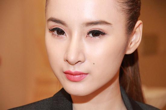 Phương Trinh không gây nhức mắt từ 2013 - 3