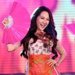 Ca nhạc - MTV - Bảo Anh múa quạt đón Tết