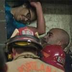 Thế giới - Mỹ: Giải cứu một phụ nữ rớt khe tường