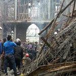 Tin tức trong ngày - Sập mái nhà thờ: Còn nhiều người bị vùi lấp
