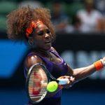 Thể thao - S.Williams tự vụt vợt trúng mồm mình
