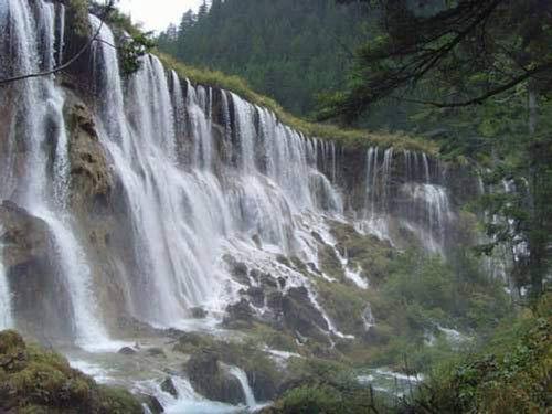 Chiêm ngưỡng thác nước đẹp mê hồn ở Trung Quốc - 6
