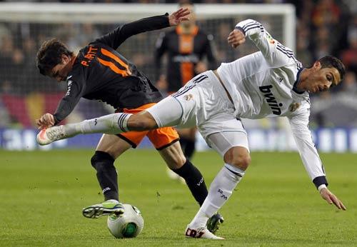 La Liga trước vòng 20: Tâm điểm Hang dơi - 2