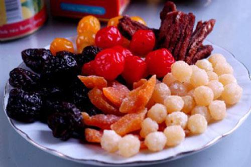 Cách chọn đồ ăn Tết không hóa chất độc hại - 1