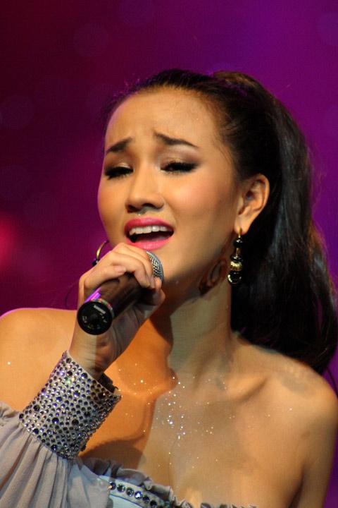 Maya: Tôi không bao giờ bỏ ca hát - 3