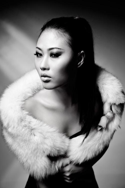 Mai Giang mặc nội y, đeo khăn lông - 6