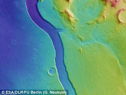 Phát hiện dòng sông lớn trên sao Hỏa - 2