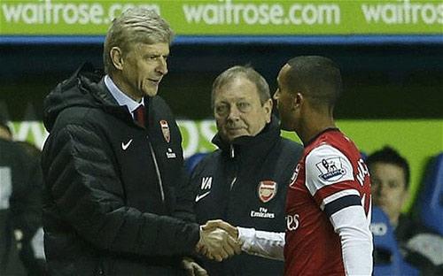"""Nóng: Arsenal chính thức """"trói"""" Walcott - 1"""