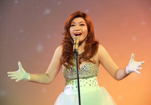 Hương Tràm tham gia Liveshow Mr Đàm - 7