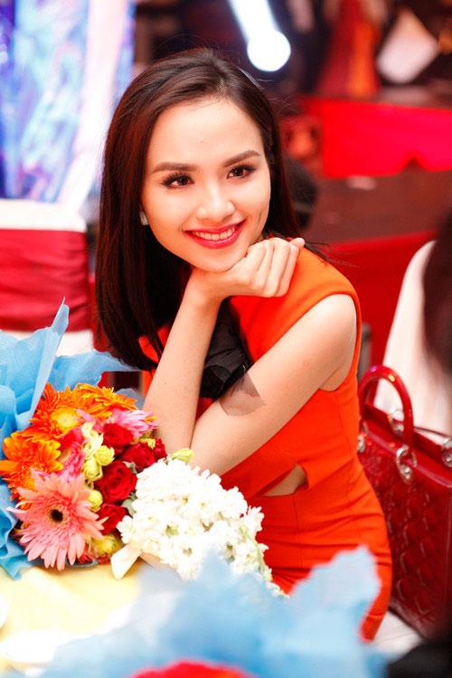 Trần Thị Quỳnh khoe con gái yêu - 19