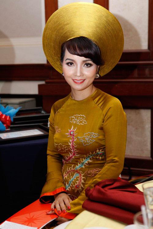 Trần Thị Quỳnh khoe con gái yêu - 17