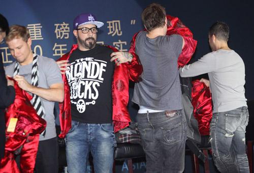 Backstreet Boys tái hợp làm liveshow - 6