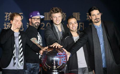 Backstreet Boys tái hợp làm liveshow - 1
