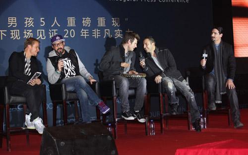 Backstreet Boys tái hợp làm liveshow - 9