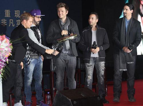 Backstreet Boys tái hợp làm liveshow - 10