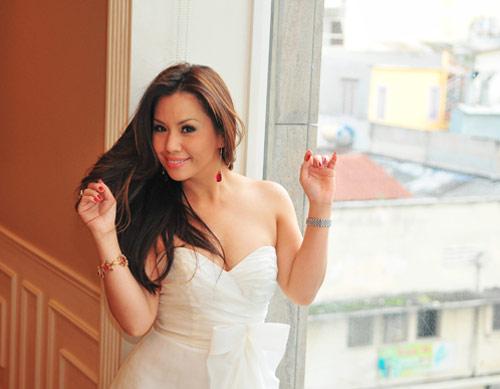 """Những cô dâu """"mở hàng"""" showbiz Việt 2013 - 9"""