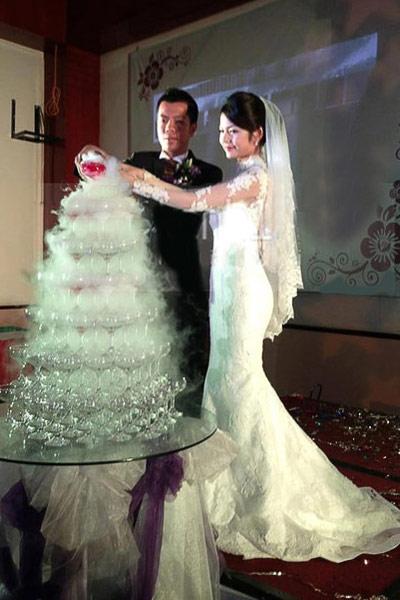 """Những cô dâu """"mở hàng"""" showbiz Việt 2013 - 4"""