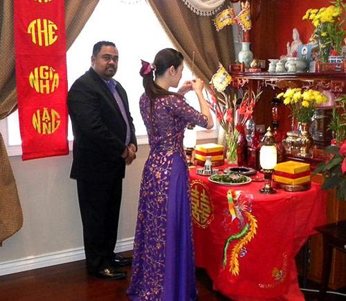 """Những cô dâu """"mở hàng"""" showbiz Việt 2013 - 11"""