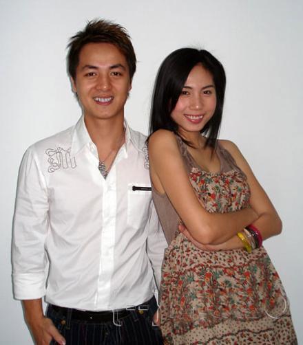 """9 làn da """"nhân tạo"""" trong showbiz Việt - 17"""