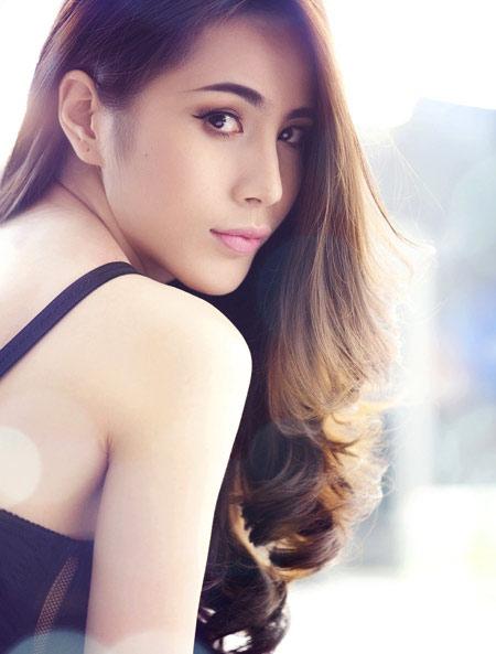 """9 làn da """"nhân tạo"""" trong showbiz Việt - 18"""