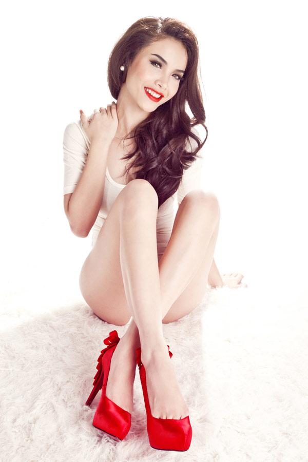 """9 làn da """"nhân tạo"""" trong showbiz Việt - 4"""