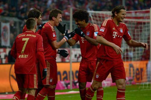 Bayern - Furth: Áp đảo hoàn toàn - 1