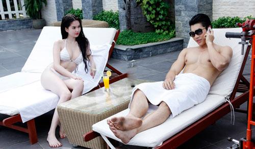 """Ngọc Trinh """"đốt nóng"""" phim Tết 2013 - 12"""