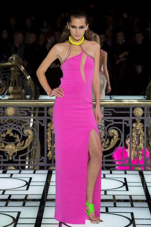 Paris Haute Couture: Versace hở bạo liệt - 1