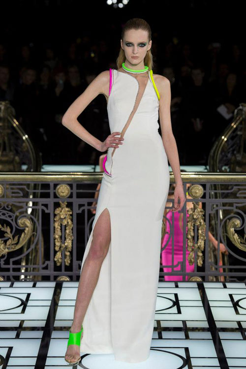 Paris Haute Couture: Versace hở bạo liệt - 2