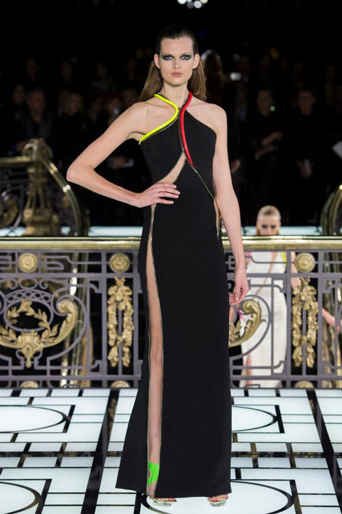 Paris Haute Couture: Versace hở bạo liệt - 3