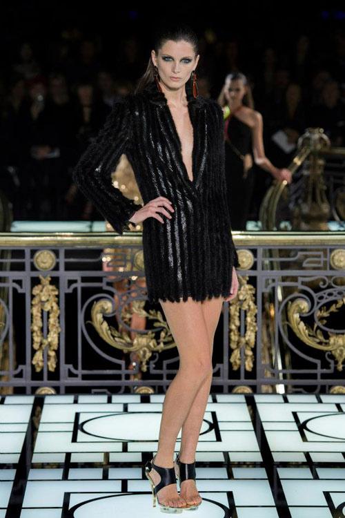 Paris Haute Couture: Versace hở bạo liệt - 13