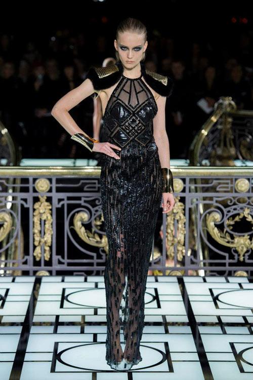 Paris Haute Couture: Versace hở bạo liệt - 16