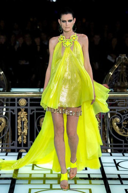 Paris Haute Couture: Versace hở bạo liệt - 20